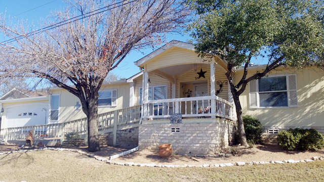 single family home for sale at 176 appaloosa dr kerrville