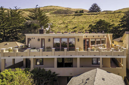 Single Family for Sale at 370 Park Ave Cayucos, California 93430 United States