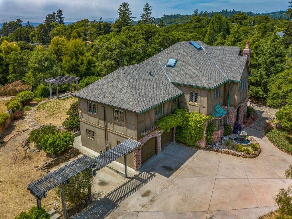 Single Family for Sale at 286 Jaunell Rd Aptos, California 95003 United States