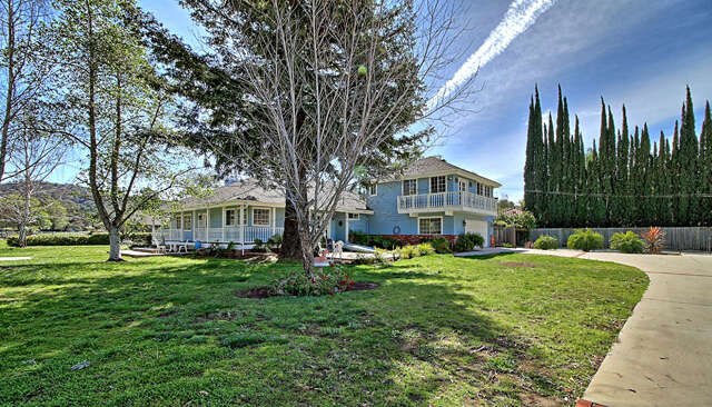 Single Family for Sale at 1159-1163 Spring St Oak View, California 93022 United States