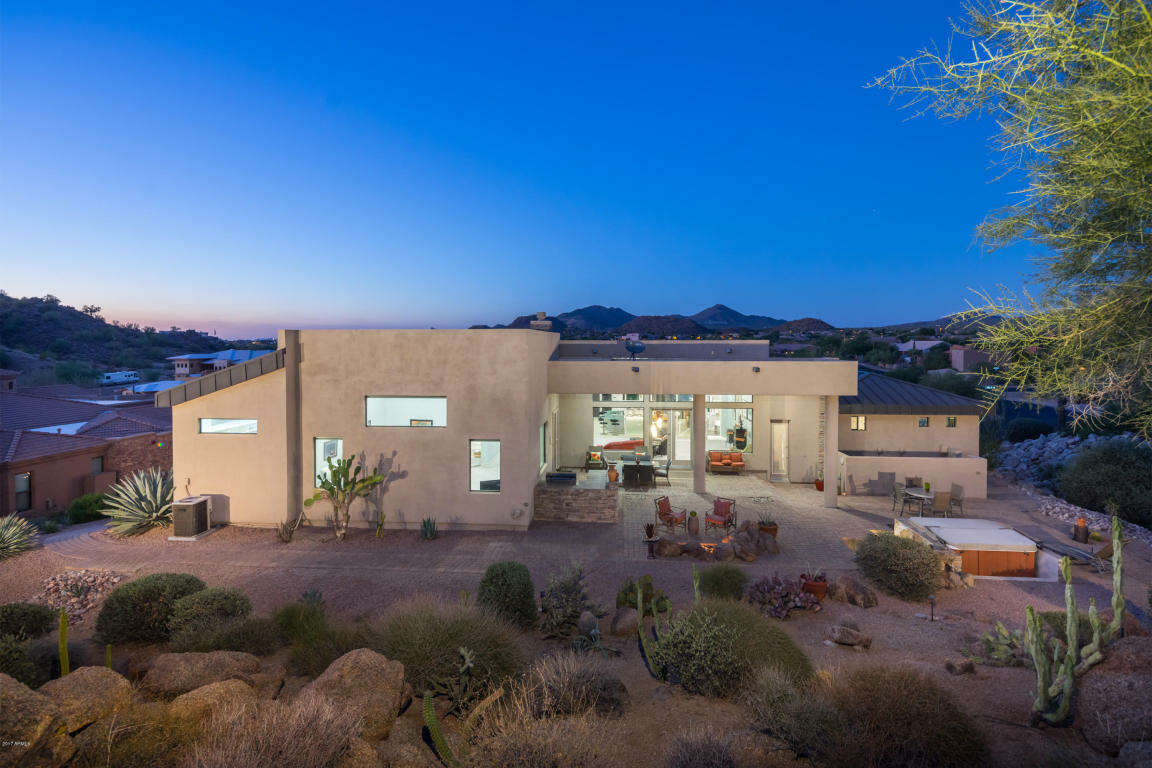 Single Family for Sale at 9455 E Jasmine Cir Mesa, Arizona 85207 United States