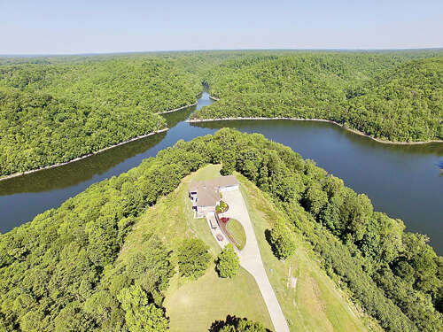 Single Family for Sale at 11797 Fox Hill Road Baxter, Tennessee 38544 United States