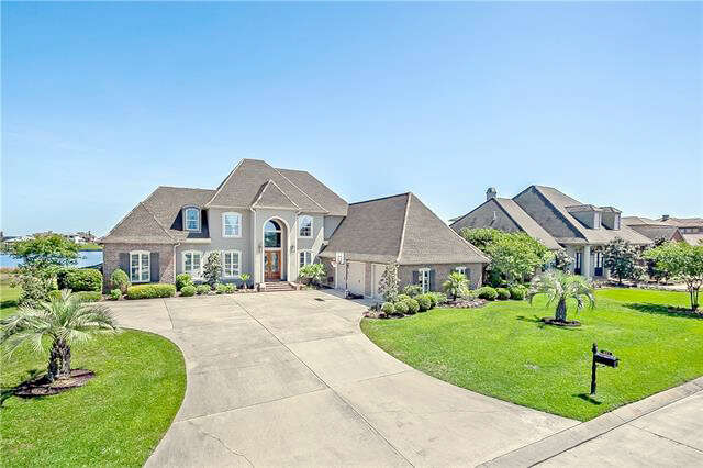 Single Family for Sale at 1477 Lakeshore Boulevard Slidell, Louisiana 70458 United States