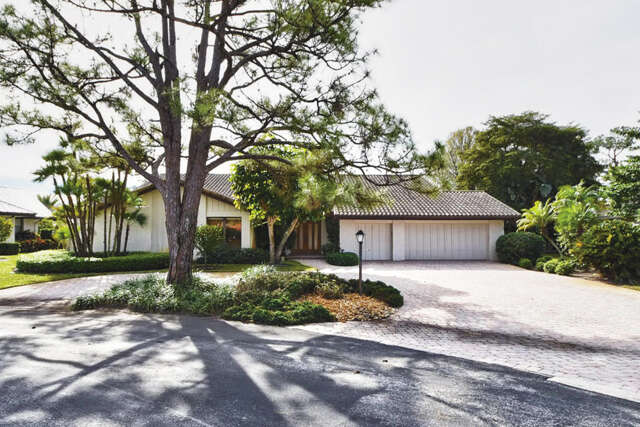 Single Family for Sale at 4540 Oak Tree Court Delray Beach, Florida 33445 United States