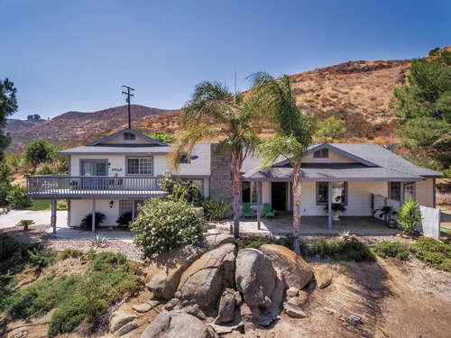 Single Family for Sale at 39100 Saddle Ridge Road Hemet, California 92544 United States