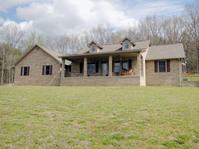 Single Family for Sale at 914 Tollie Lane Jamestown, Tennessee 38556 United States