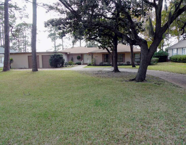 Single Family for Sale at 508 Bunkers Cove Road Panama City, Florida 32401 United States