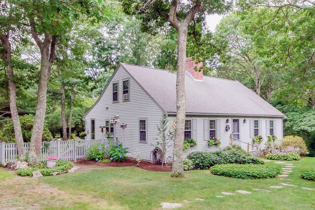 Single Family for Sale at 99 Boulder Road Barnstable, Massachusetts 02630 United States