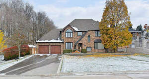 Featured Property in Nobleton, ON L0G 1N0