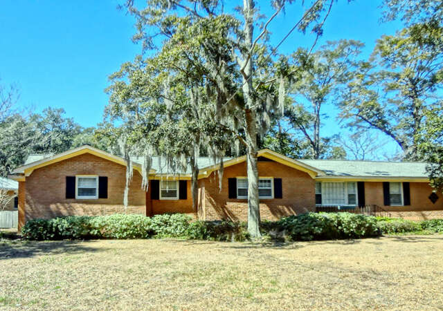Featured Property in CHARLESTON, SC, 29412