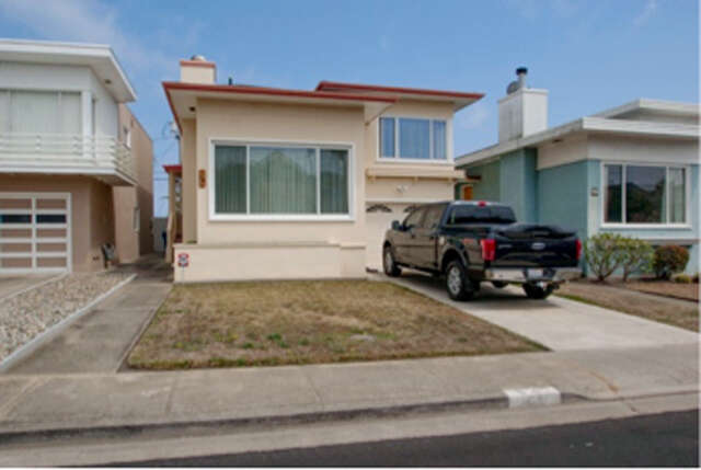 Single Family for Sale at 64 Lakemont Dr Daly City, California 94015 United States