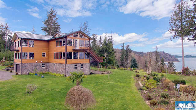 Single Family for Sale at 148 W Dew Knot Enter Road Port Angeles, Washington 98363 United States