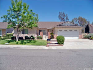 Featured Property in Valencia, CA 91354
