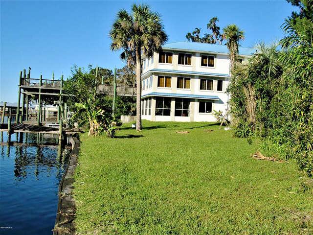 Single Family for Sale at 703 Front St Welaka, Florida 32193 United States