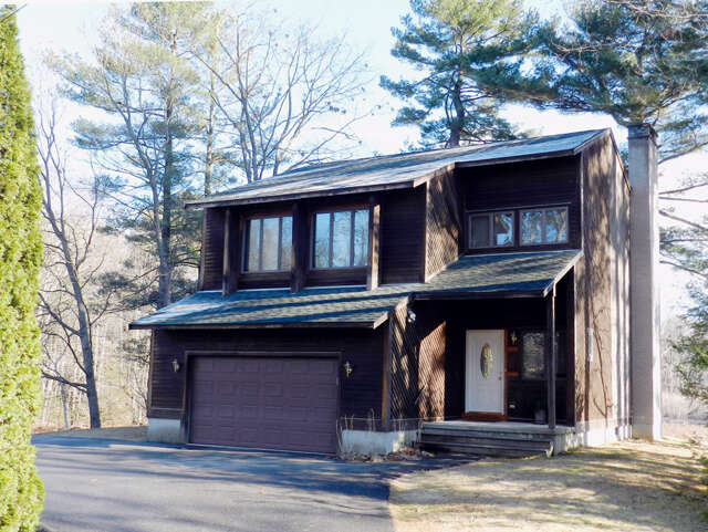 Single Family for Sale at 4 Quarterdeck Lane New Castle, New Hampshire 03854 United States