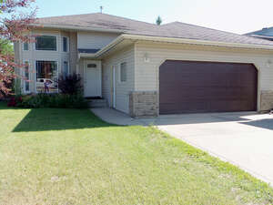 Featured Property in Grande Prairie, AB T8W 2K8