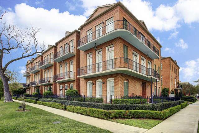 Single Family for Sale at 1801 Ashland Street Houston, Texas 77008 United States