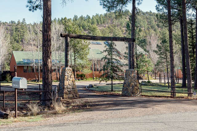 Single Family for Sale at 63 Eagle Creek Canyon Rd Ruidoso, New Mexico 88345 United States