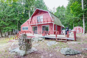 Featured Property in Tuftonboro, NH 03226
