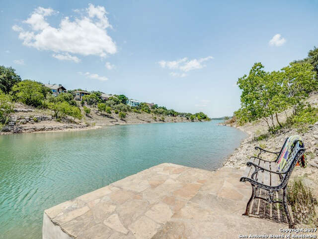 Single Family for Sale at 311 Village View Dr Canyon Lake, Texas 78133 United States
