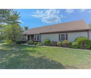 Featured Property in Monroe Twp, NJ 08831