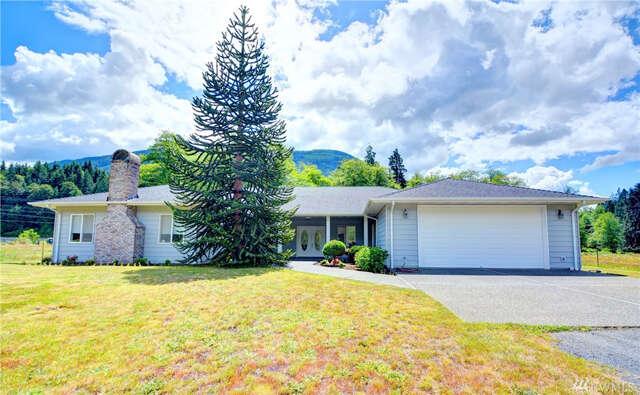Single Family for Sale at 23020 Oso Loop Rd Arlington, Washington 98223 United States