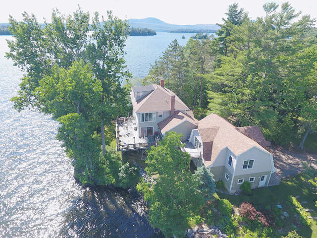 Single Family for Sale at 130 Lands End Road Derby, Vermont 05829 United States