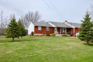 Featured Property in Camden East, ON K0K 1J0