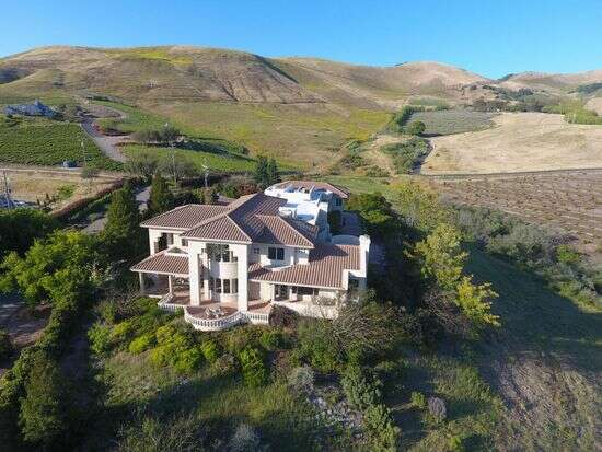 Single Family for Sale at 678 Sheehy Rd. Nipomo, California 93444 United States