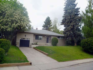 Featured Property in Calgary, AB T3C 3K9