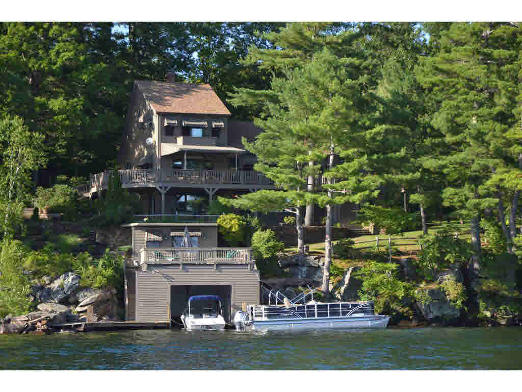 Single Family for Sale at 29 Umbrella Point Wolfeboro, New Hampshire 03894 United States