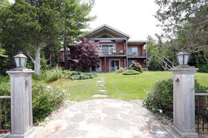 Single Family Home for Sale, ListingId:34814872, location: 10360 Beach OPines Rd Grand Bend N0M 1T0