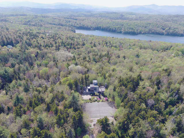 Single Family for Sale at 162 Ware Road Wilmington, Vermont 05363 United States
