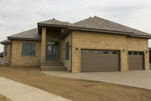 Single Family Home for Sale, ListingId:39136305, location: 2796 Wheaton Drive NW Edmonton T6W 2M6