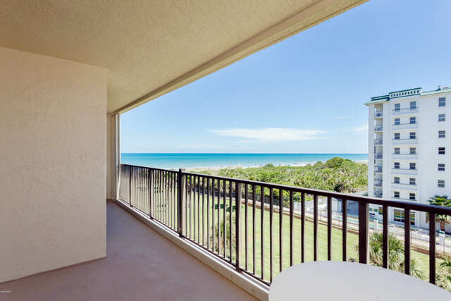 Featured Property in COCOA BEACH, FL, 32931