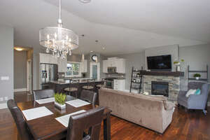 Featured Property in Kelowna, BC V1W 4L5