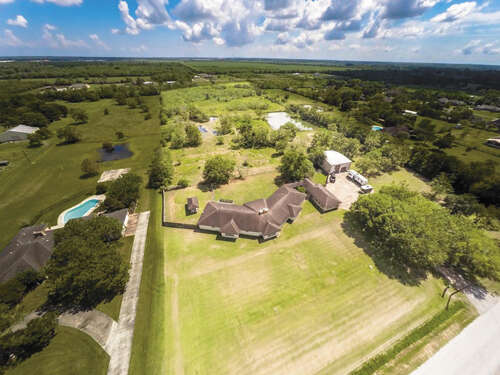Single Family for Sale at 1625 Avenue L Santa Fe, Texas 77510 United States
