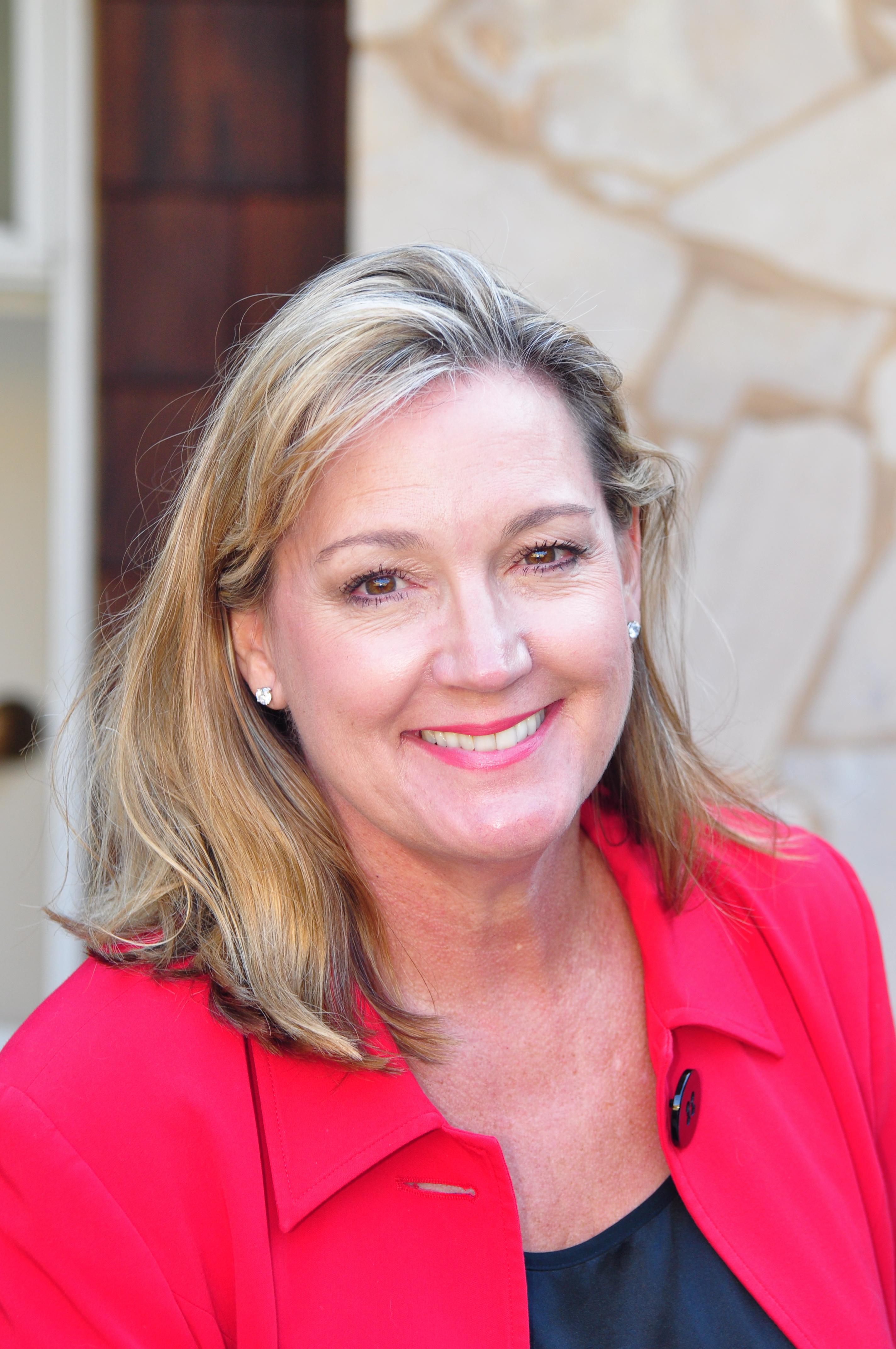 Julie Ritchie Hile
