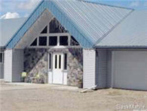 Featured Property in Manitou Beach, SK S0K 4T1