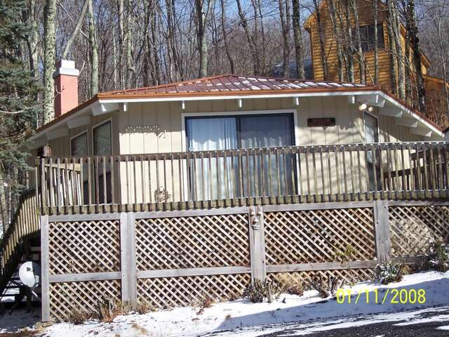 Rental Homes for Rent, ListingId:12800368, location: 402 Charter Hills Road Beech_mtn 28604