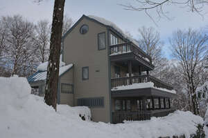 Featured Property in Warren, VT 05674