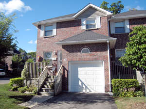 Featured Property in Lambton Shores, ON N0M 1T0