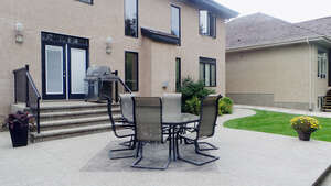 Featured Property in Edmonton, AB T6R 3G9