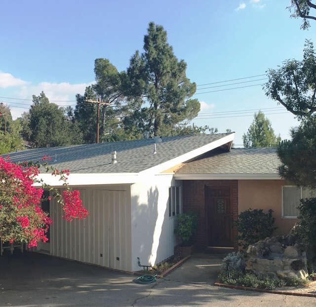 Single Family for Sale at 5424 Vista Del Arroyo La Crescenta, California 91214 United States