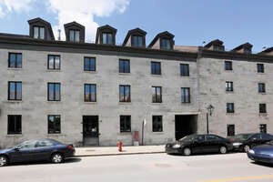 Featured Property in Montreal, QC H2Y 2A4