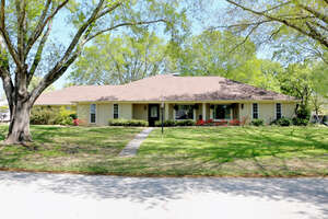 Featured Property in Flint, TX 75762