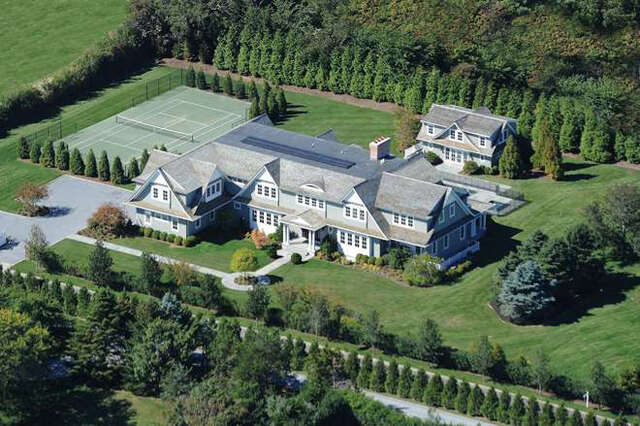 Single Family for Sale at 104 Halsey Lane Bridgehampton, New York 11932 United States
