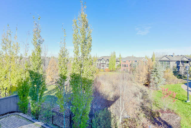 Featured Property in EDMONTON, AB, T6M 2V2