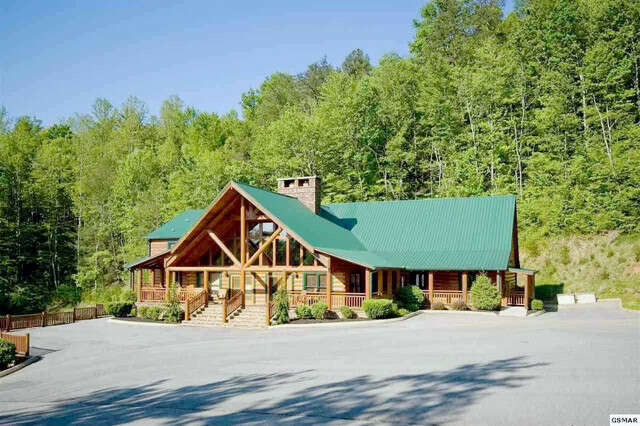 Single Family for Sale at 4351 Forest Ridge Way Pigeon Forge, Tennessee 37863 United States