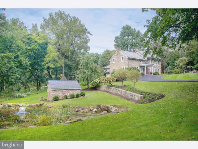 Single Family for Sale at 2807 Wassergass Road Hellertown, Pennsylvania 18055 United States